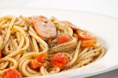 Foto de Espaguetis con salchichas