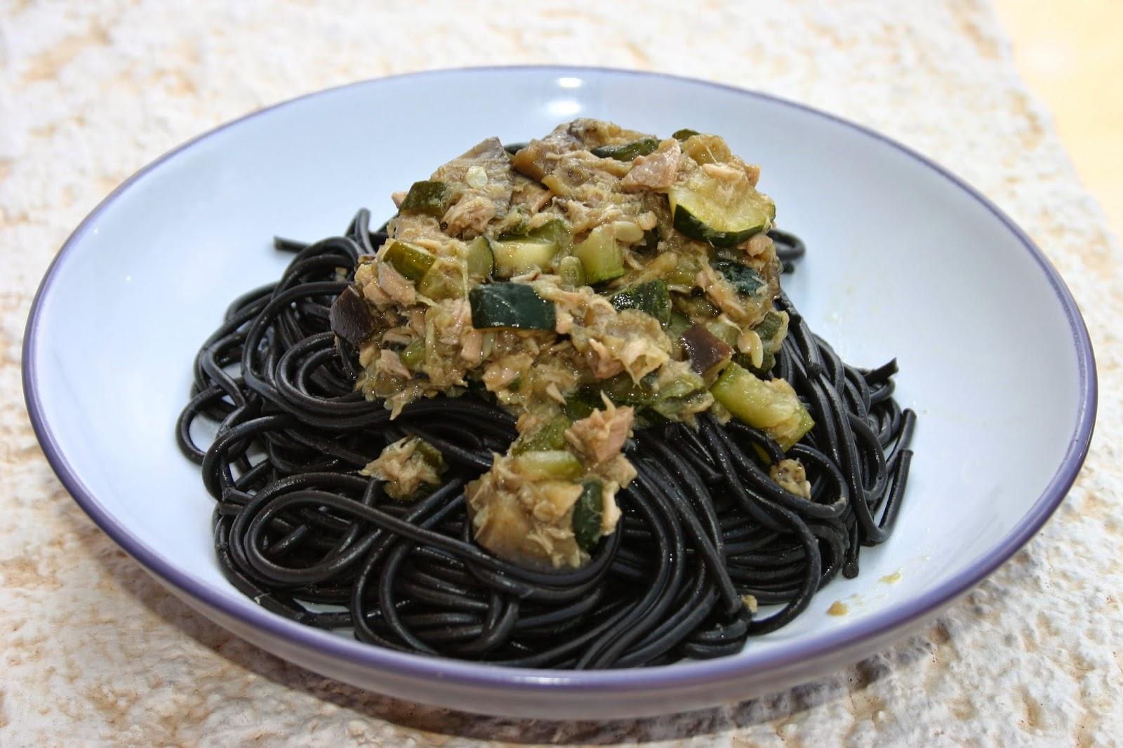 Foto de Pasta con verduras y setas